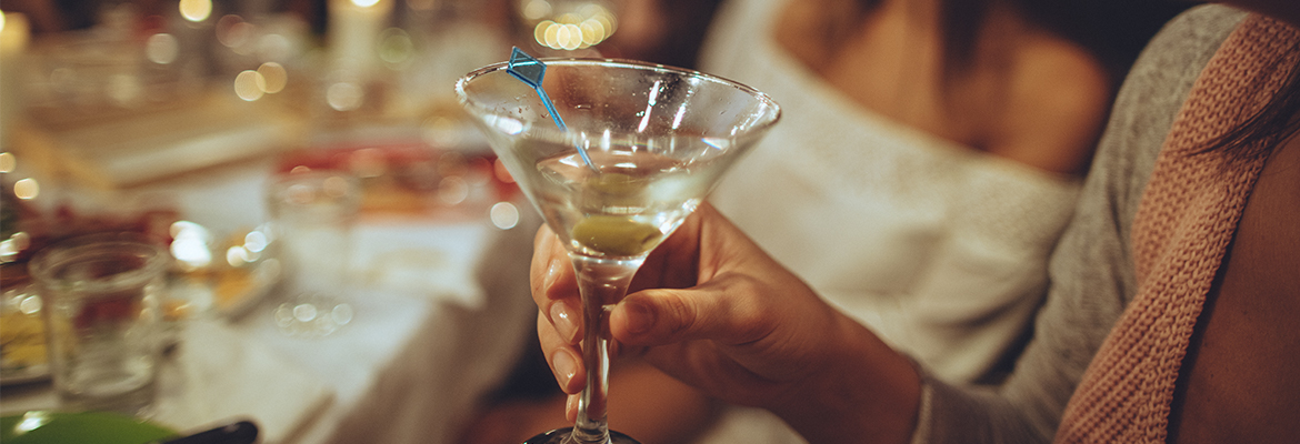 martini at party